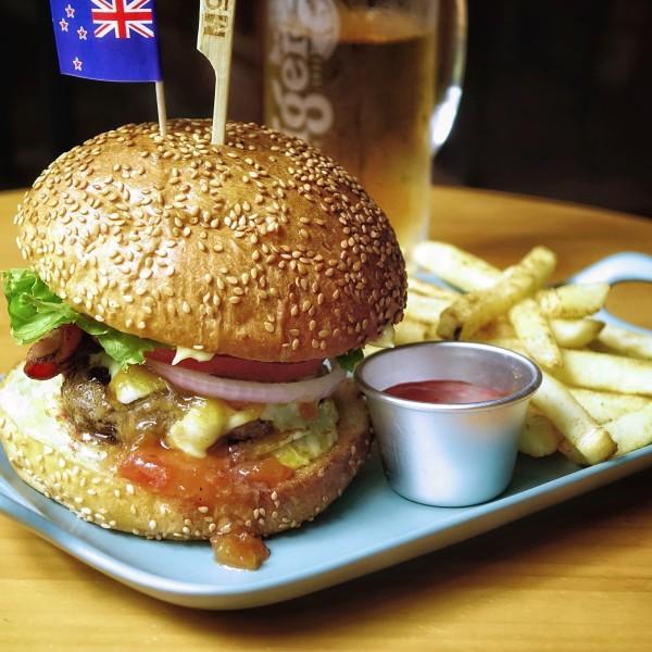 burger-beer-bachelorette-party-croatia