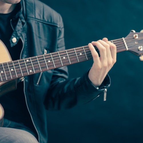 live-music-venue-guitar-bachelorette-croatia